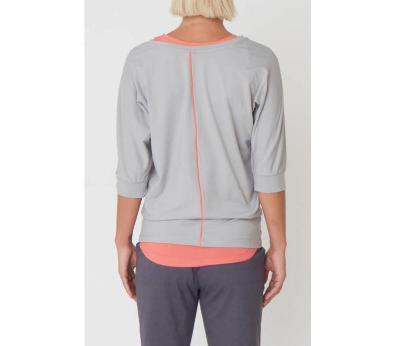 Asquith Be Grace Batwing - Pearl Grey/Coral