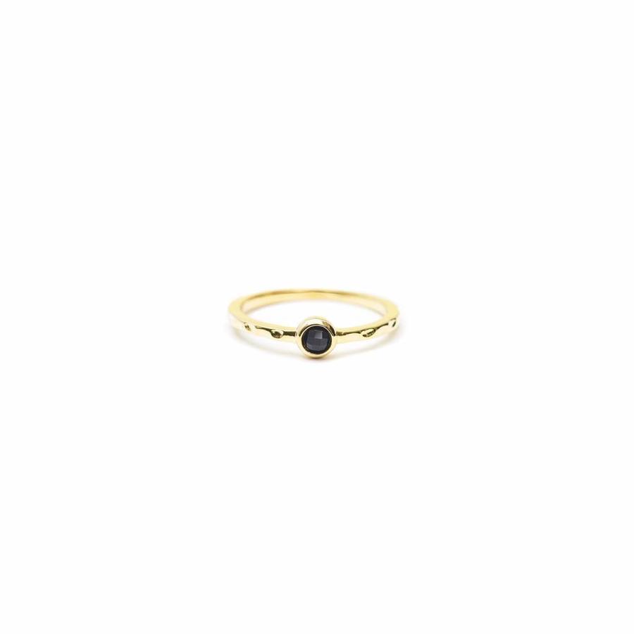 Reverie Ring Gold Black-1