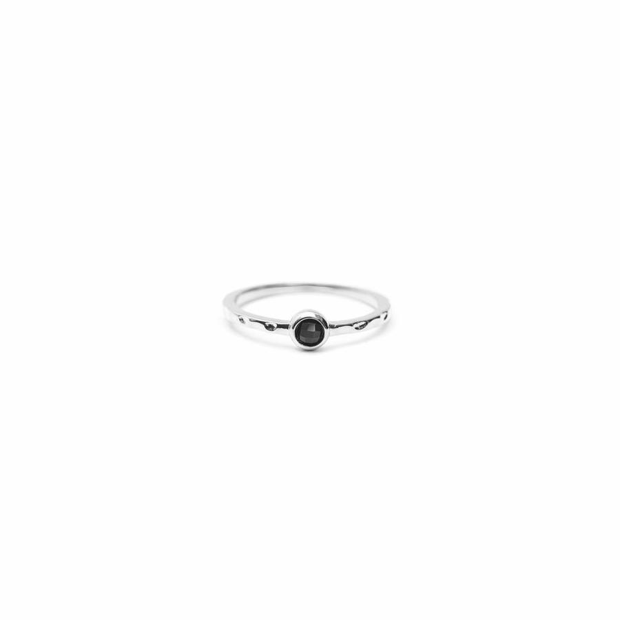 Reverie Ring Silver Black-1