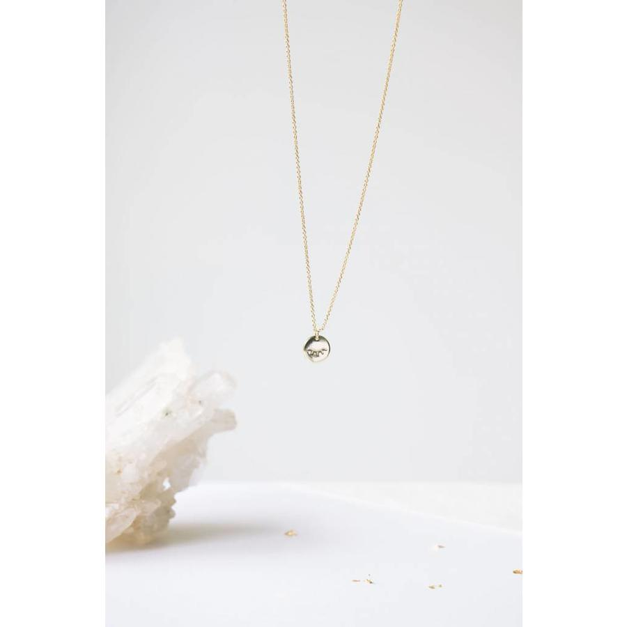 Unwind Necklace Gold-3
