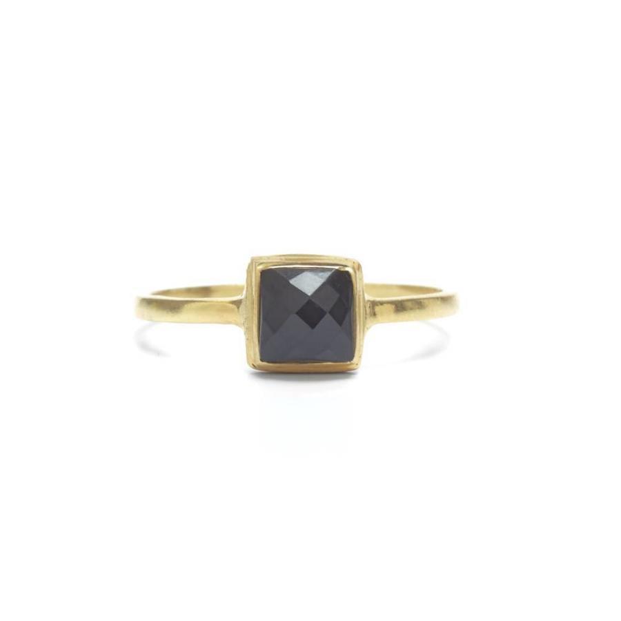 Aware Ring Goud-1