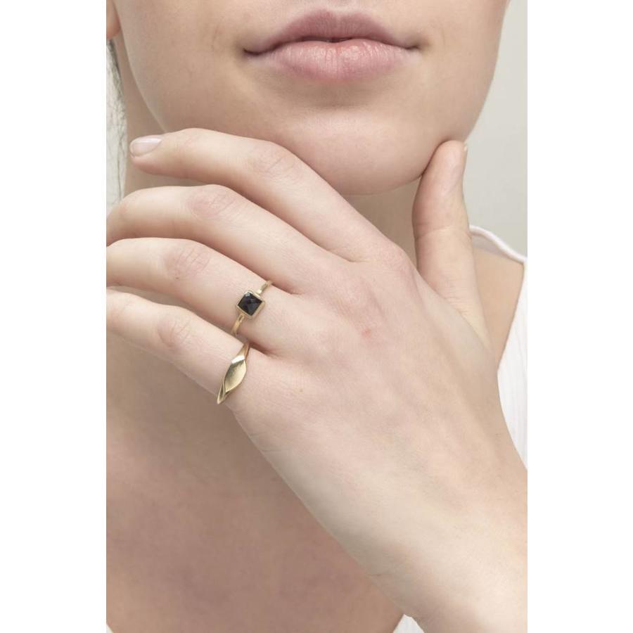 Aware Ring Goud-2