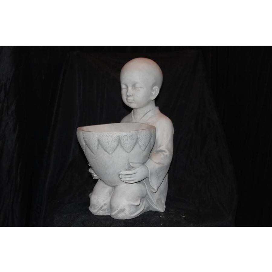 Boeddha met plantenbakje ( H 35 cm)