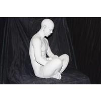 Vader met een engel in de schoot ( H 34 cm)