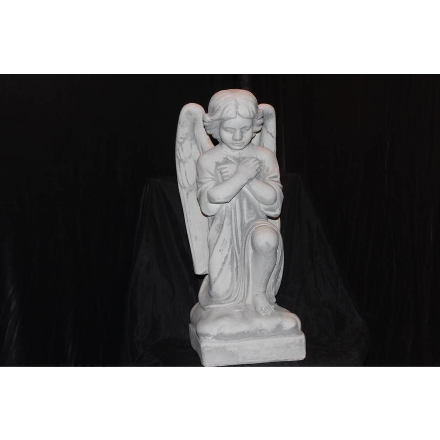 Engel knielend en bidden ( H 52 cm)