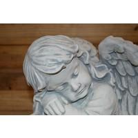 thumb-engel voorover leunend-4