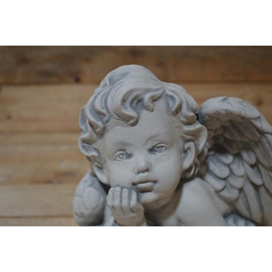 liggende engel ( H 19 cm)