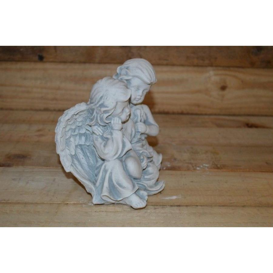 2 Engelen ( H 16 cm)