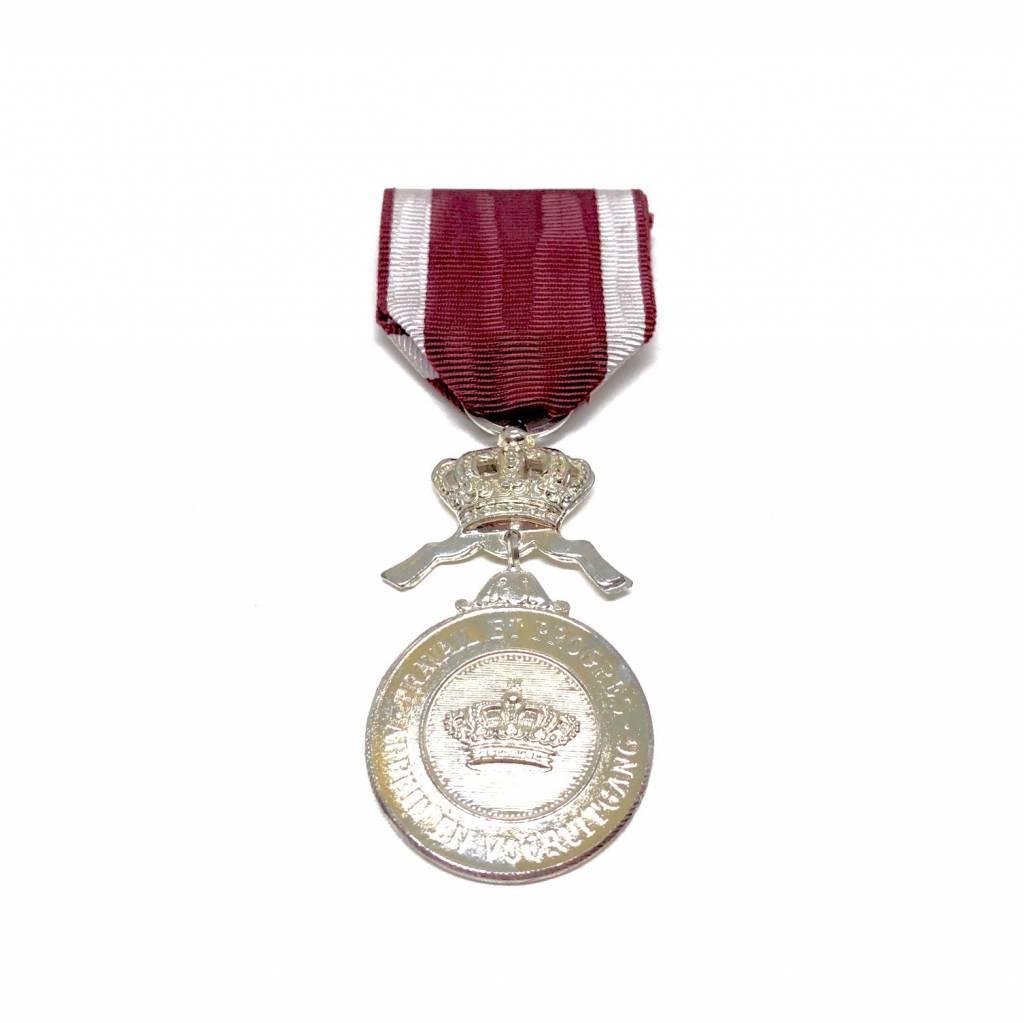 Zilveren medaille in de Kroonorde