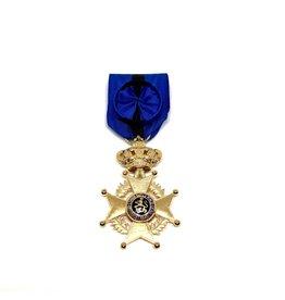 Officier de l'Ordre de Léopold II