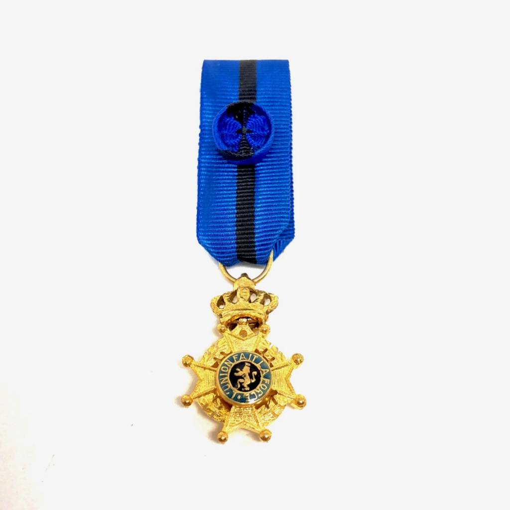 Officer of the Order of Leopold II
