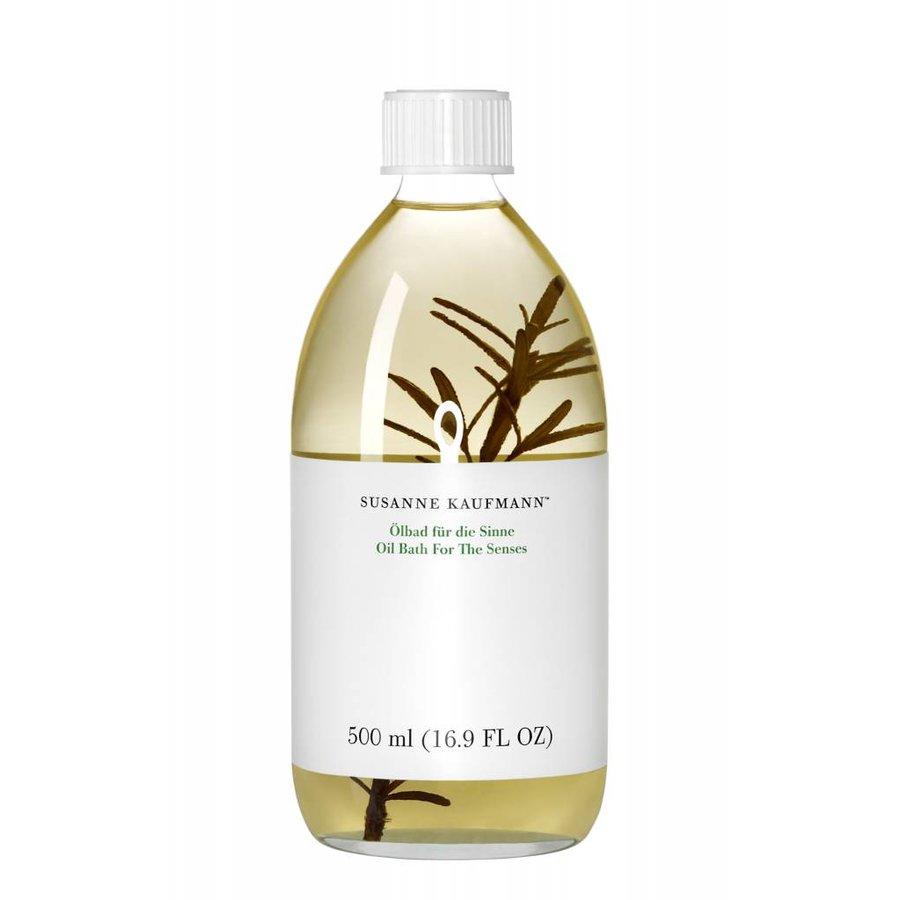 Essential Oil Bath For The Senses