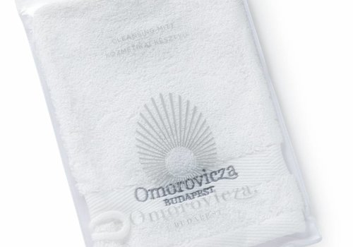 Omorovicza Cleansing Mitt (in pouch)