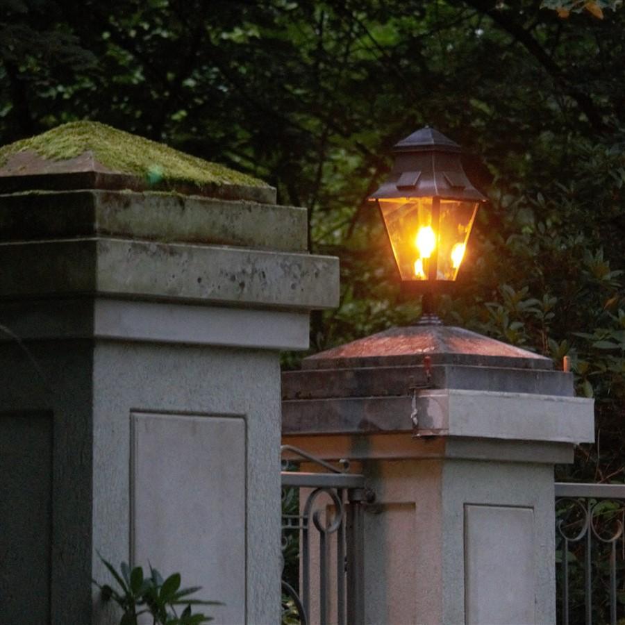 Sokkellamp buiten landelijk