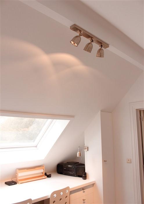 Landelijke plafondspots voor de slaapkamer