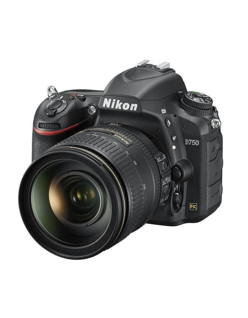 Nikon Nikon D750 + 24-120mm