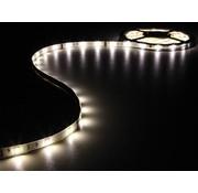 Vellight Vellight LEDS02WW 150 LED's Strip 5 M en Voeding Warm White