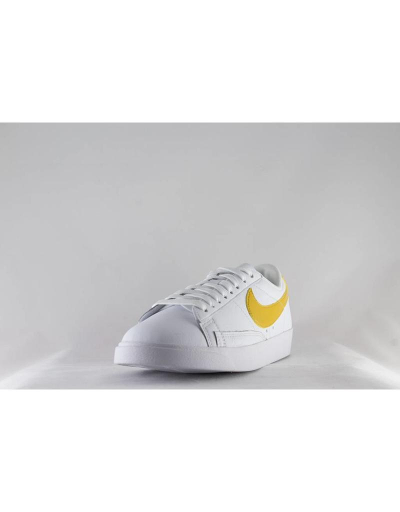 W NIKE BLAZER LOW LE White/Mineral Yellow/White