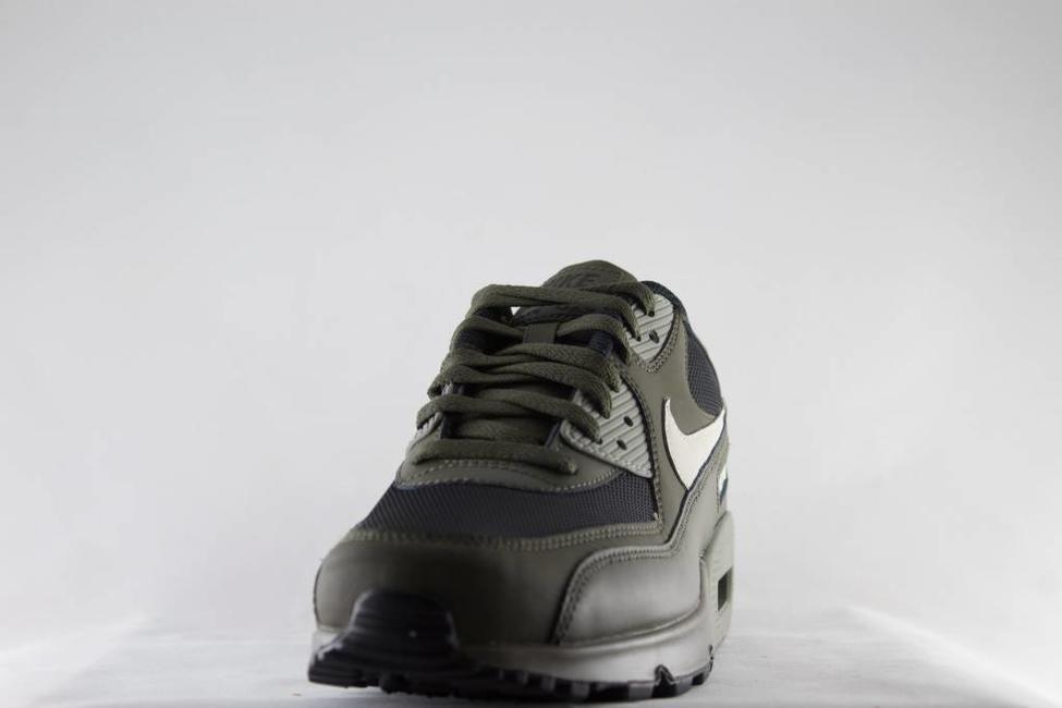 Nike M NIKE AIR MAX 90 ESSENTIAL Cargo Khaki/Light Bone