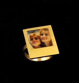 Ring polaroid