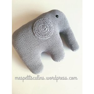 Mes petits Câlins Stuffed animal ELEPHANT