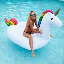 XXL Opblaasbare Unicorn / Eenhoorn - Zwemband / Luchtbed van 240cm