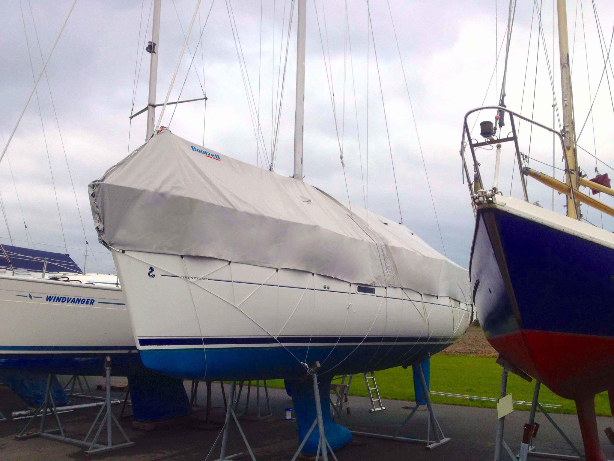 winterkleed-zeilboot