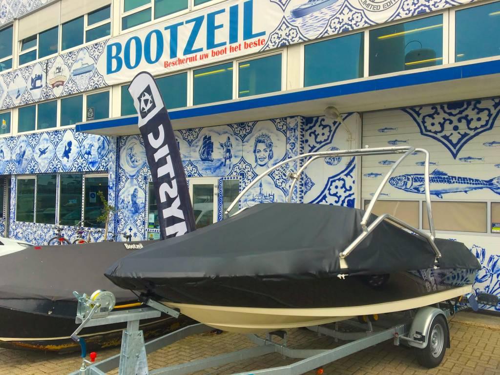 dekzeil Bayliner Deck boat 190