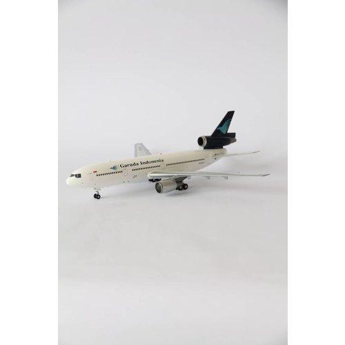 Aviation 200 1:200 Garuda DC-10-30
