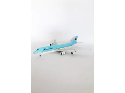 BBOX 1:200 Korean Airlines B747-8i