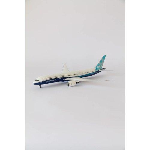 Phoenix 1:200 Boeing House Livery 787-9