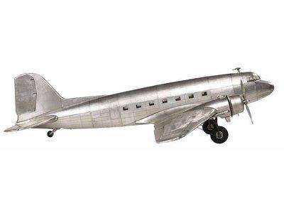 Authentic Models Douglas DC-3