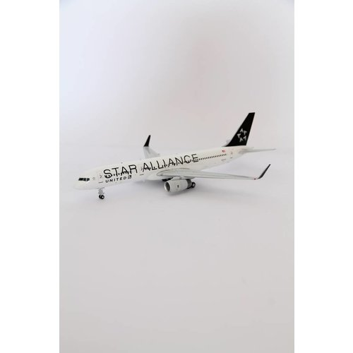 """JC Wings 1:200 United Airlines """"Star Alliance"""" B757-200"""