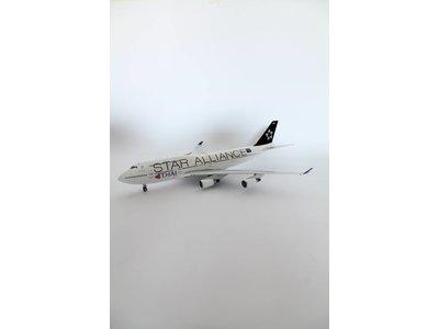 "JFox 1:200 Thai ""Star Alliance"" B747-400"
