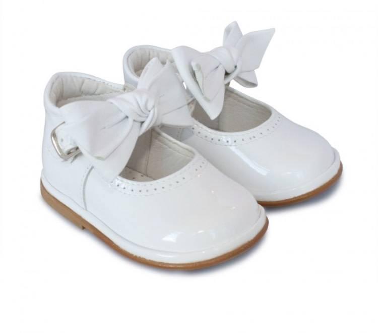 Borboleta Borboleta White Patent Vitoria Bow Shoe