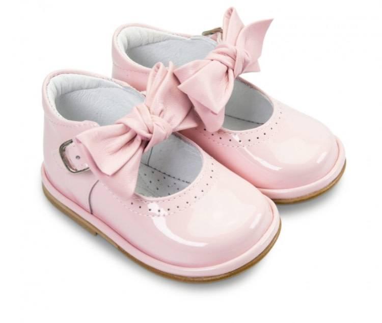 Borboleta Borboleta Pink Patent Shoe with Bow Strap