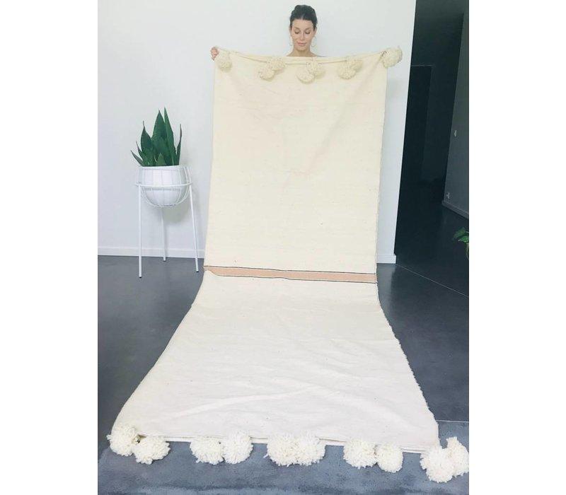 Blanket handmade ecru met streep goud