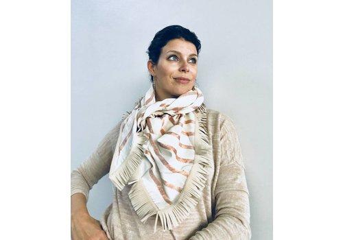 Pom Amsterdam Pom Amsterdam Sjaal Shimmering Stripes Pink 850