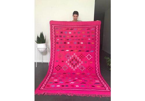 Maroc Handmade Tapijt kelim handmade fushia 230 x 140 cm
