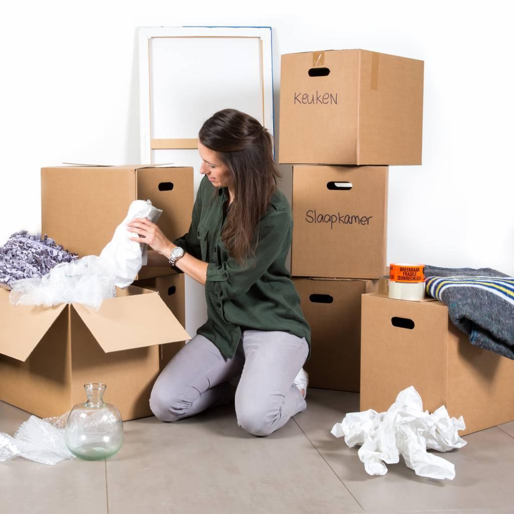 Verhuisdozen: naar de DHZ-zaak of van thuis uit?