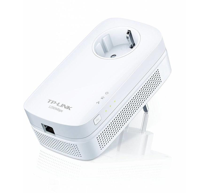 TP-LINK TL-PA8010P AV1200 Gigabit Powerline Adapter ideal for HDTV